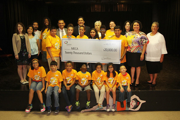 MECA Receives $20,000 in the P&G Orgullosa Project