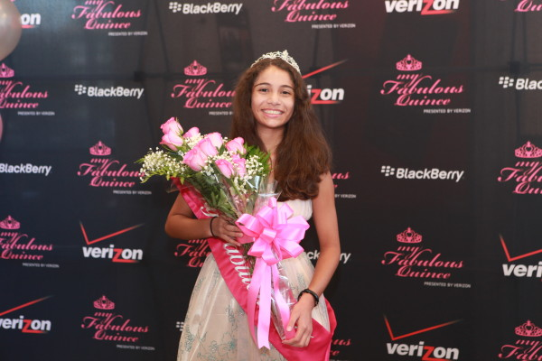 Houston's own Alyssa Linares wins Verizon's Fabulous Quince