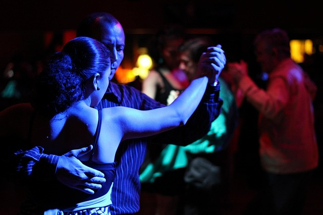 Argentine Tango lessons at Discovery Green in Summer 2015