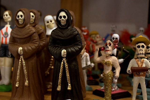 Día de los Muertos Celebration at the National Museum of Funeral History on Sunday, November 1, 2015